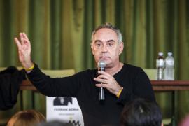 EIVISSA. GASTRONOMIA. El prestigioso chef Ferran Adrià relata su experiencia vital y profesional