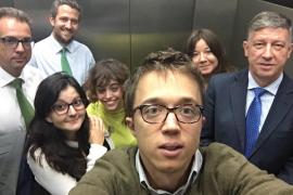 Errejón, atrapado en el ascensor con diputados del PP