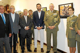 Exposición de fotos 'De Filipinas a la República Centroafricana' en el Centro de Historia y Cultura Militar
