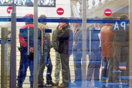 Comienza el juicio a los 15 guardias civiles acusados de torturar a los etarras de la T-4