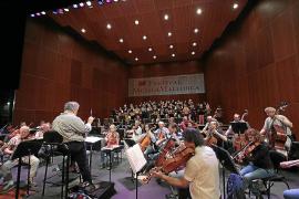 Ensayo en el Teatre Principal de la Capella Mallorquina y la Sinfónica de Berlín