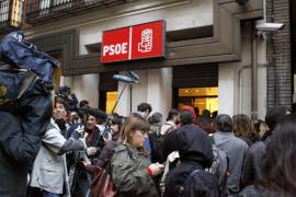 El Comité Federal del PSOE se reúne para consumar el giro del no a la abstención