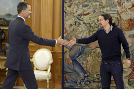 Iglesias prevé una legislatura de garrotazos para la galería entre PP, PSOE y C's