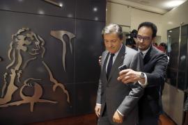 Hernando avisa a los diputados del PSOE de que «no cabe libertad de voto»