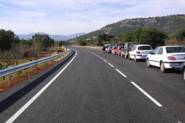 Muere un motorista tras colisionar frontalmente con un coche en Bunyola