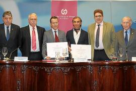 Entrega del premio Camilo José Cela en el Colegio de Médicos