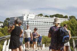 El impuesto turístico podría restar hasta 800.000 estancias al año, según la UIB