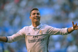 El 'hat-trick' de Cristiano y el tanto de Morata mantienen líder al Real Madrid
