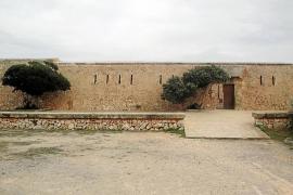 El Consell estudiará las actividades que se podrán realizar en el complejo de es Fortí