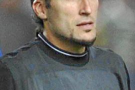 La UEFA castiga a Pinto