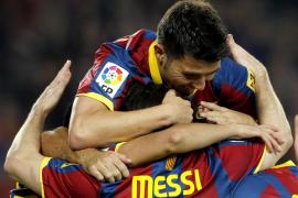 El Barça se pasea ante un Sevilla vulgar