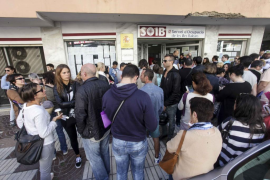 El paro mensual sube un 18% en octubre frente al interanual que se reduce un 15% en Balears