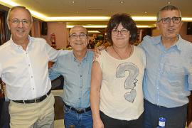Cena solidaria en el restaurante Es Cruce