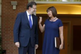 Armengol pide a Rajoy abordar la financiación, el Régimen Especial y la tarifa plana interinsular