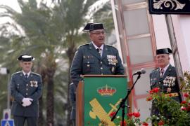 Aluvión de muestras de apoyo de mandos y agentes al coronel Barceló