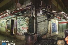Declarado un incendio en la zona comercial de los Geranios de Palma