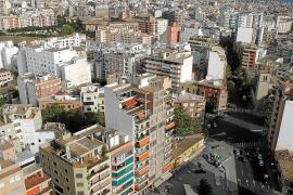El 'banco malo' coloca al Govern 50 pisos con 'okupas' o en los que no se puede vivir
