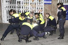 Detenido por no pagar la carrera de un taxi en Palma y enfrentarse a la policía