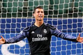 Cristiano Ronaldo amplía su contrato con el Real Madrid
