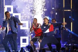 Justin Bieber y Lady Gaga, triunfadores de unos Premios MTV Europe a ritmo de Bruno Mars