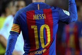 Messi asalta el Sánchez Pizjuán para darle la victoria al Barça