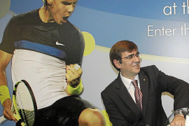 El Govern negocia poder seguir utilizando la imagen de Rafael Nadal, pese a la rescisión del contrato