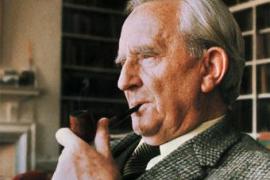 Llevarán al cine la vida de J.R.R. Tolkien, autor de 'El señor de los anillos'