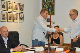 MÉS, UxB y PSOE negocian una moción de censura en Binissalem para echar al PP