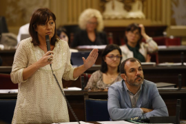 Armengol, «preocupada» por la crisis de Podemos