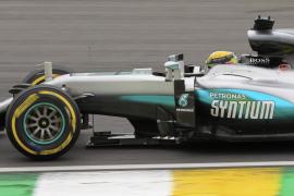Hamilton saldrá por delante de Rosberg en Brasil