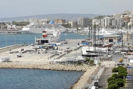 El tráfico de mercancías crece en las Islas un 10 % por la actividad económica