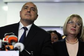 El primer ministro búlgaro presenta la dimisión de su Gobierno al Parlamento