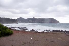 Persiste la alerta en zonas de Mallorca, Ibiza y Formentera por fenómenos costeros