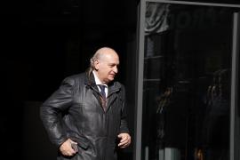 El PP coloca a Fernández Díaz en la Comisión de Peticiones, una de las pocas que no se vota