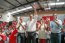 Los socialistas piden al PSOE que se deje de purgas y haga oposición