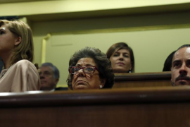 Rita Barberá reaparece en público en la apertura solemne de la legislatura y se sienta con el PP