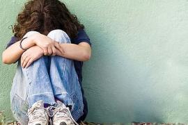 Detenidos cuatro menores por acosar a una compañera en el colegio, su casa, redes sociales y móvil