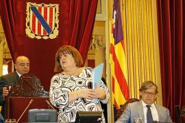El Parlament incumple los criterios de transparencia y recibe un primer aviso