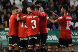 El Mallorca busca afianzar su recuperación ante el Sevilla Atlético, equipo revelación de la Liga