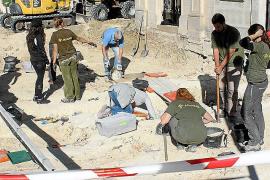 La excavación de la fosa de Porrerres saca a la luz la mitad de los cuerpos previstos