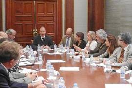 El delegado del Gobierno remodela su 'gobierno' y nombra a una vicesecretaria