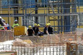 El jefe de obra niega que ordenara retirar los puntales del hotel de s'Arenal
