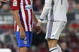 El Real Madrid somete al Atlético con goles de Cristiano