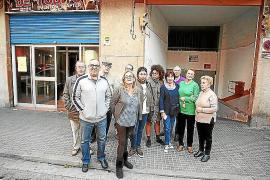 La Policía Local sanciona al polémico bar de la calle Fe tras irrumpir en él