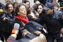 Rita Barberá reconoce que entregó mil euros al PP aunque remite al comité electoral