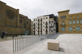 Hallado con vida un bebé abandonado en un contenedor en San Sebastián