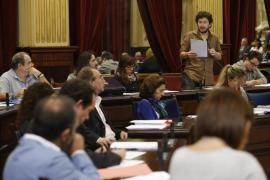 Designados los diputados que defenderán la tarifa plana entre islas ante el Congreso