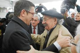 El PP exige el cese de Eguiguren, que declarará hoy en el juicio a Otegi