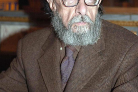 Juan Eduardo Zúñiga, el artista del lenguaje, Premio Nacional de las Letras