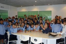Alumnes del Col·legi Balmes visitaren Grup Serra i Agromallorca
